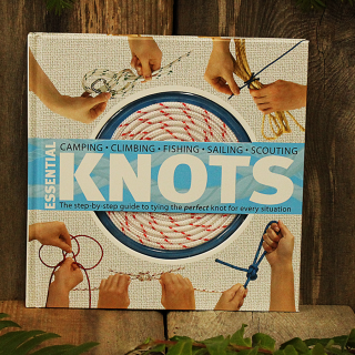 Essential Knots, easy knot tying guide, includes rope